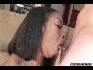 Donna nera ama il pisello di lui