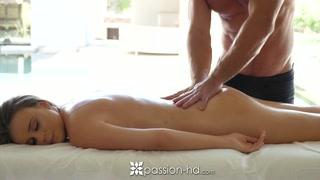 Leccare la fica è l´happy end di ogni massaggio
