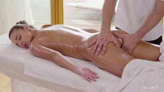 Megasesso massaggi propone una figa che gode