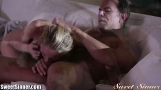 Free porno con una bella bionda