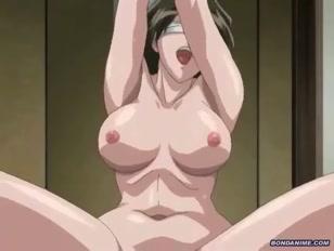Hentai porno con una mega tettona legata
