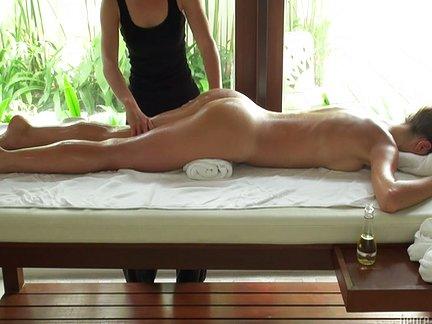 filmerotici italiani olio per massaggio intimo