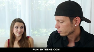 Sadomaso porno con al teenager legate e bendata...