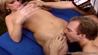 Moglie matura scopre il sesso di gruppo