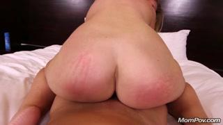 Porno casalingo con la bionda culona