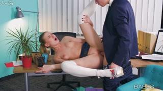 Ufficio birichino con segretaria sexy