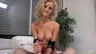 Gonzo porno con bionda sensuale