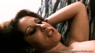 Milf mora si fa fottere del porno vintage