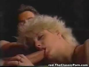 Super porno vintage con una bella bionda