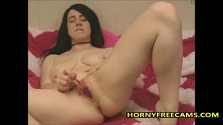 La ragazza in cam si masturba free