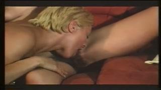 Un intero film porno tedesco anni 70 da guardare!!
