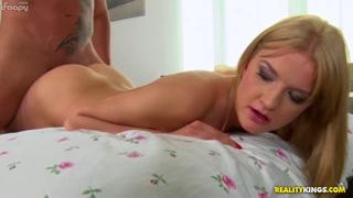 Oral sex e bel cazzo tutto da ciucciare