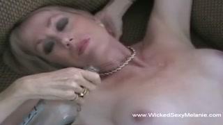 Matura ama il cazzo e orgasma sensuale