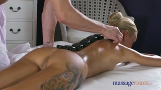 Massaggi porno con appendi trazione a pecora