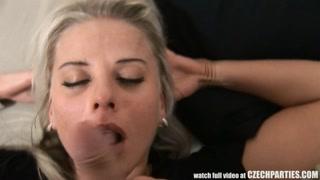 Ragazze porno succhiami scopano al festino