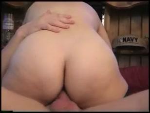 Hard sex con un bel sedere bollente