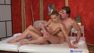 Sesso porno dopo massaggi arrapanti