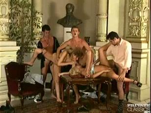Porno italiano con doppia penetrazione