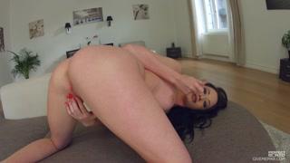 Masturbazione porno con una donna hot