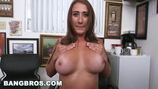 Video sexy con la succhia cazzi