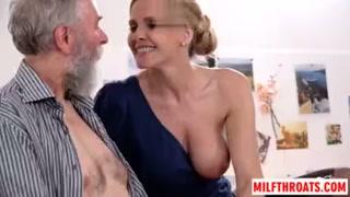 I pompini delle donne apprezzati dagli anziani