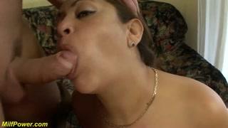 Porno anale dopo una bella leccata