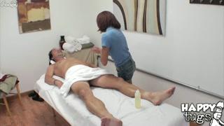 Massaggio sexy per uomo felice