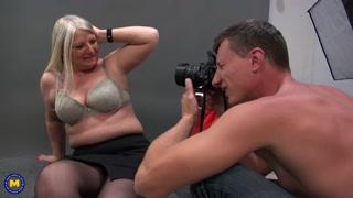 Foto porno alla casalinga curvy