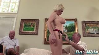 Moglie matura per del sesso con anziani