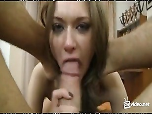 Bocchinara sborrata in bocca