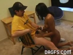 Moglie traditrice punita dal marito